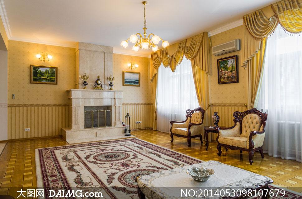 室内墙上的装饰画框等摄影高清图片