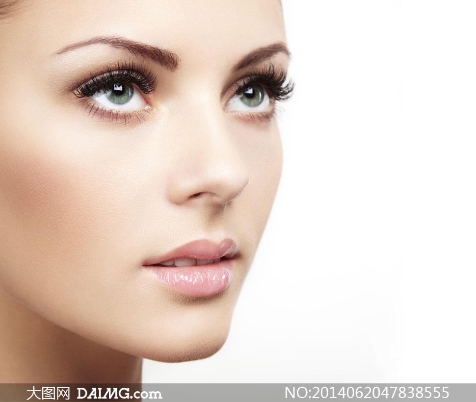 美女写真女性女人模特假睫毛长睫毛妆容美容美妆侧面