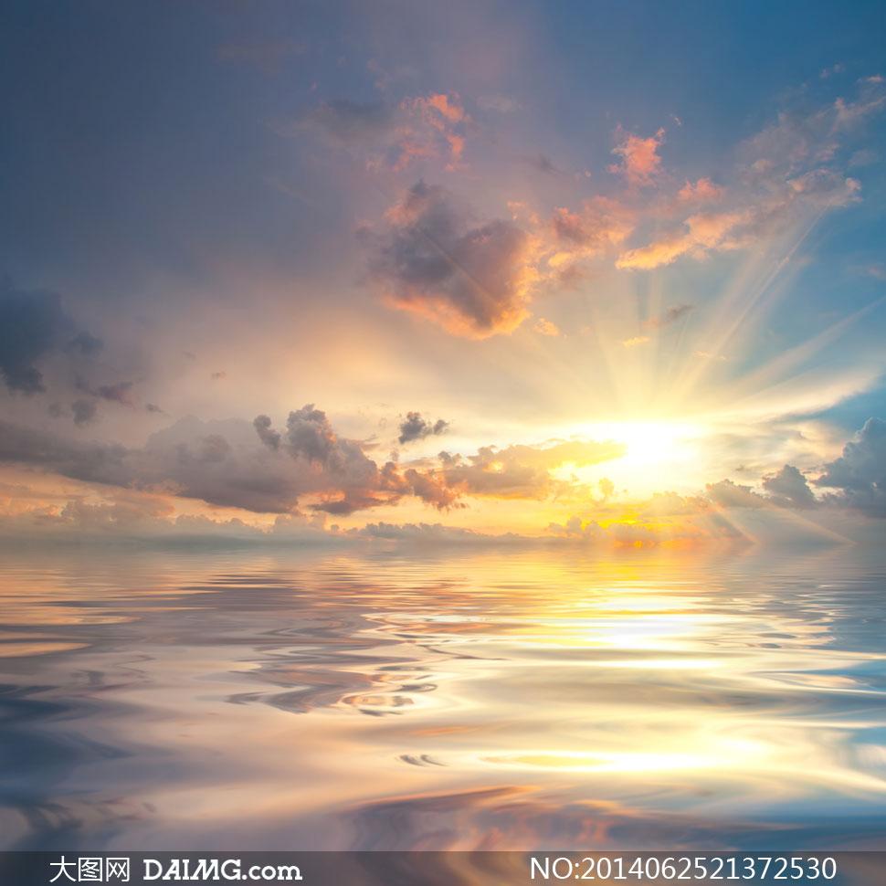 天空中的云彩阳光风景摄影高清图片图片