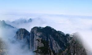 黄山山顶云雾云海摄影图片