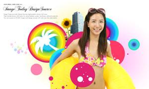 身上套着游泳圈的美女PSD分层素材