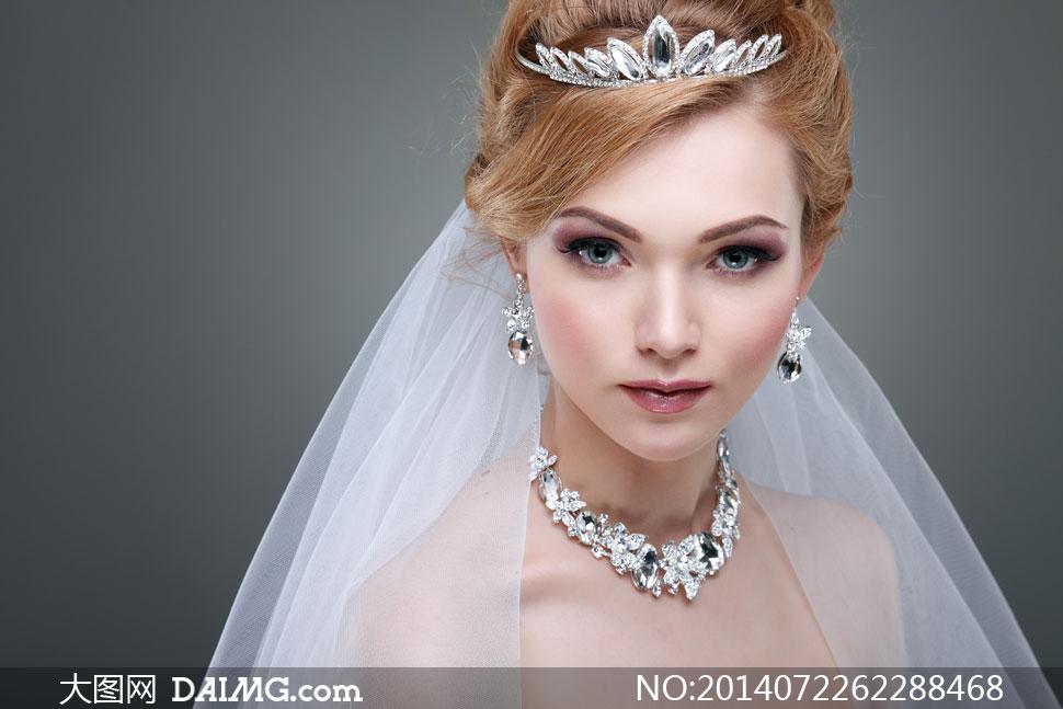 浓妆新娘装扮美女人物摄影高清图片