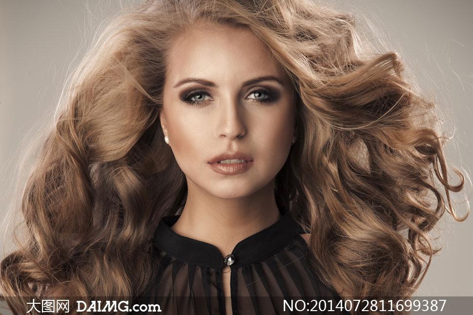 高清摄影大图图片素材人物美女女人女性写真模特长发秀发卷发近景