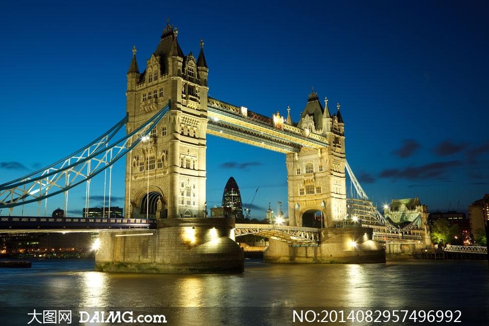 英国伦敦塔桥夜晚风景摄影高清图片