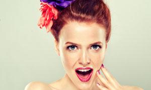 张着嘴的盘发美女模特摄影高清图片