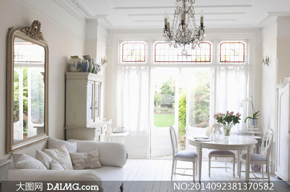 客厅沙发与桌椅家具等摄影高清图片