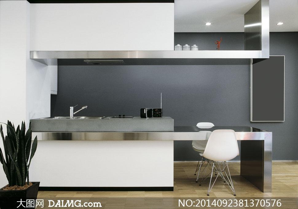 宽敞欧式厨房内景摆设摄影高清图片