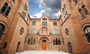 欧洲红色砖墙结构建筑摄影高清图片