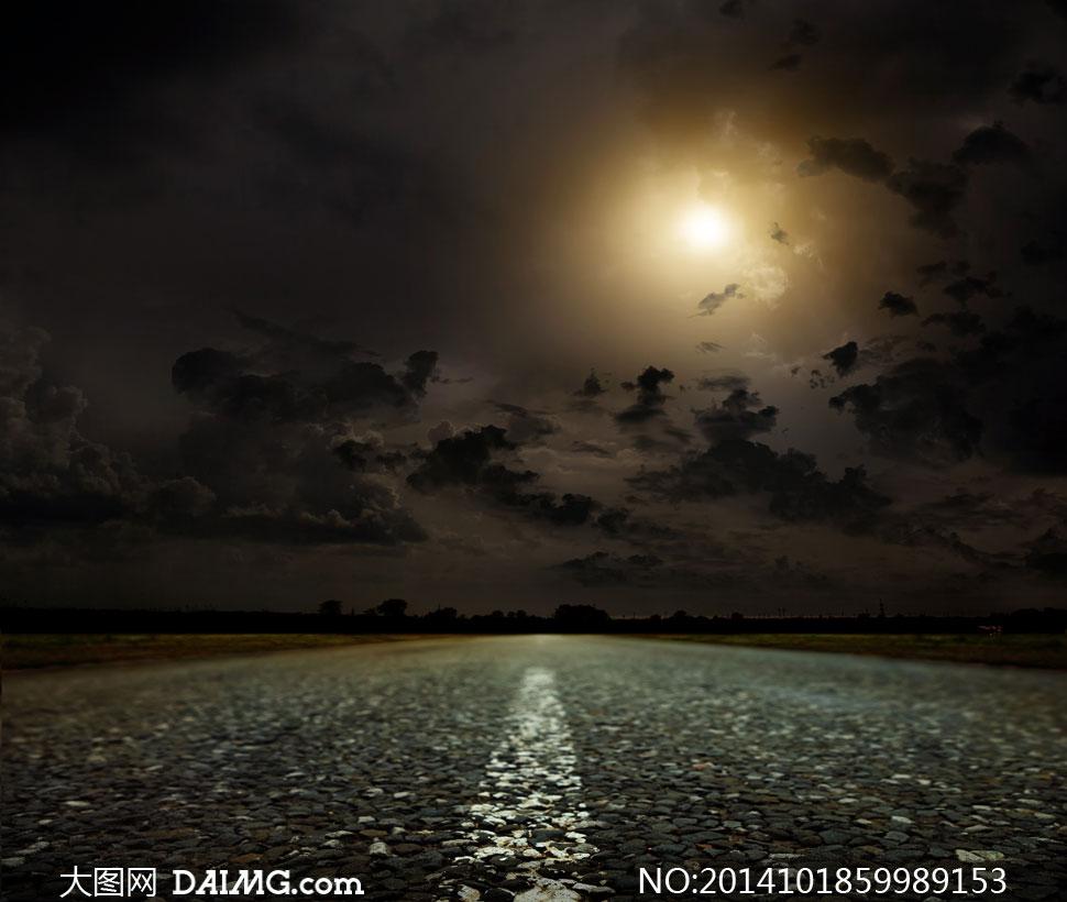 天空乌云阳光与公路等摄影高清图片