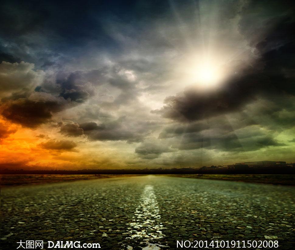 道路与耀眼的阳光风景摄影高清图片