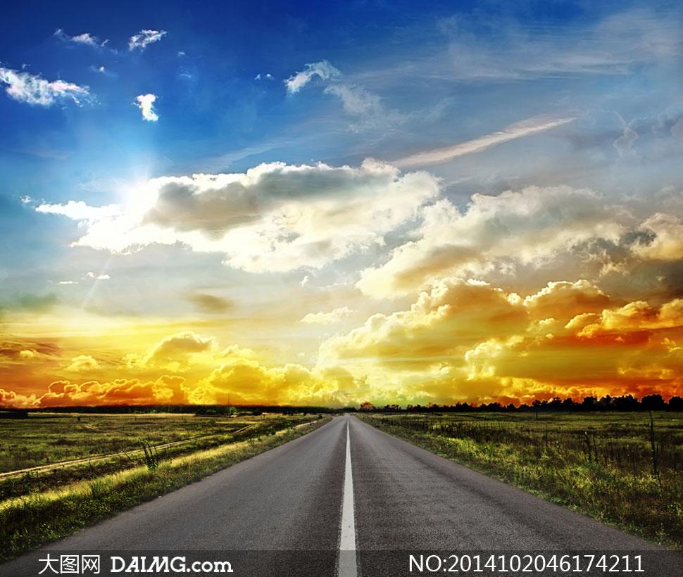 蓝天白云公路农田风光摄影高清图片