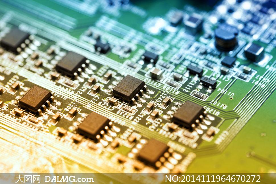 电路-主板上的电子元件特写摄影高清图片图片