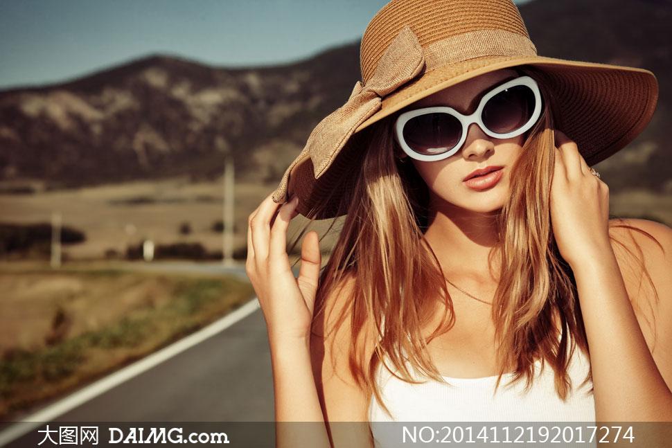 戴着宽边帽的美女模特摄影高清图片 大图网设