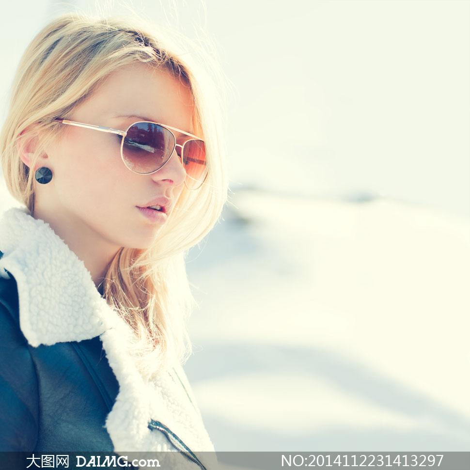 戴着太阳镜的美女侧面摄影高清图片 大图网设
