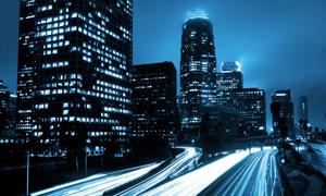 灯火通明的建筑物夜景摄影高清图片