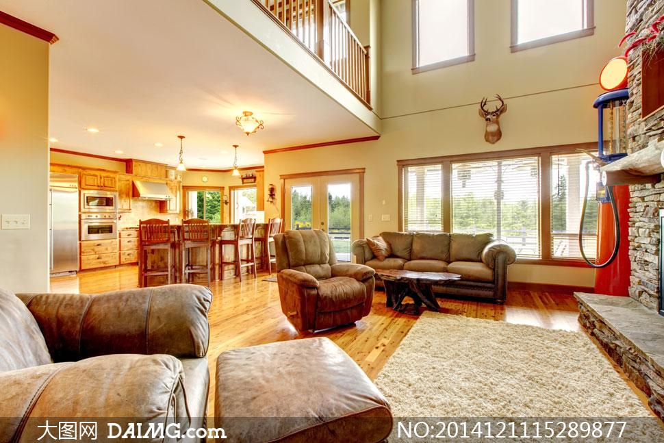 摆设陈列内景家具沙发别墅欧式顶灯吊灯地毯木地板