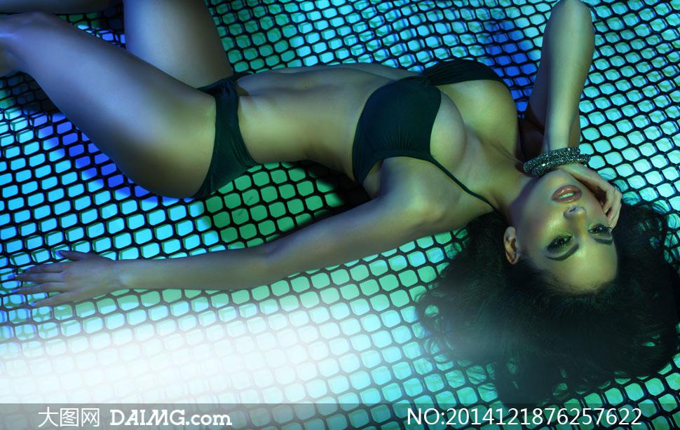 黑色内衣性感美女模特摄影高清图片 大图网设