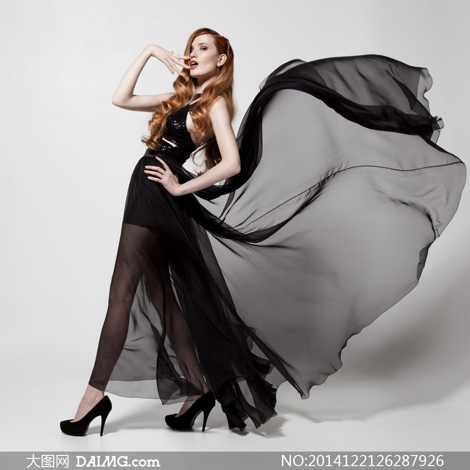 黑色裙装长腿美女人物摄影高清图片