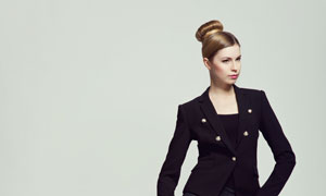 盘发造型服饰美女模特摄影高清图片