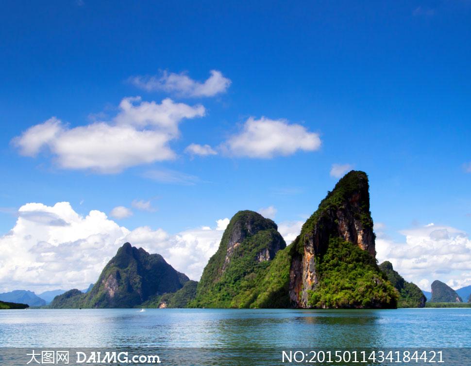 蓝天白云大海群山风光摄影高清图片