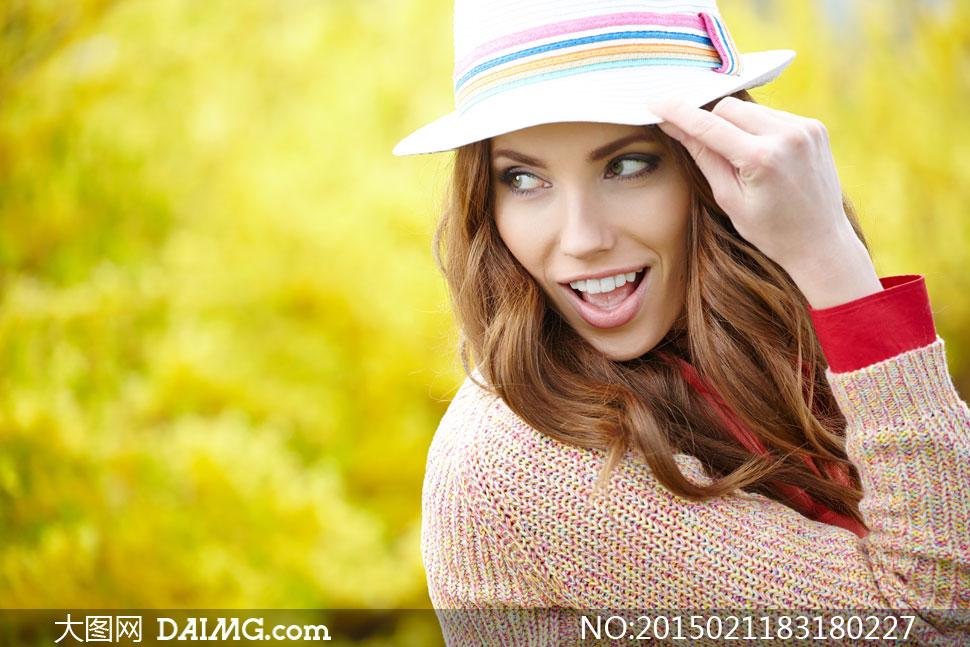 穿着毛衣的披肩发美女摄影高清图片 大图网设