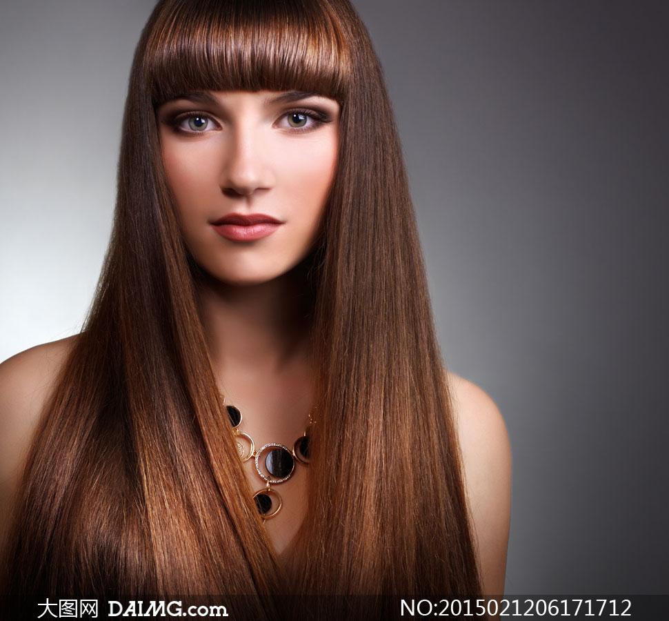 齐刘海儿顺滑秀发美女摄影高清图片
