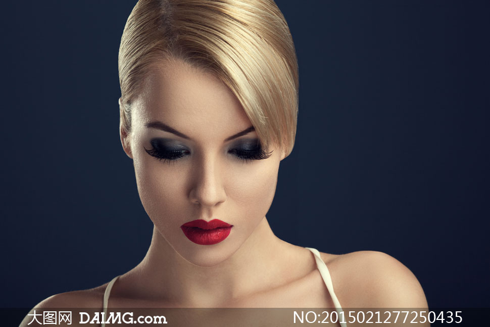 浓妆美女模特近景特写摄影高清图片