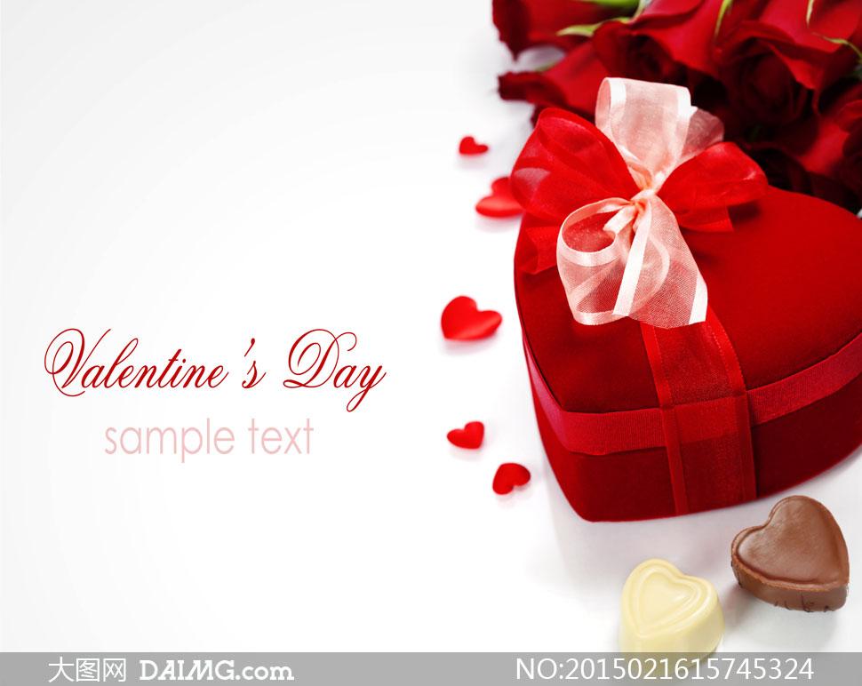 红色心形礼物盒与巧克力等高清图片