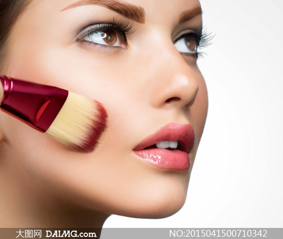 关键词: 高清大图图片素材摄影人物美女女人女性化妆妆容美妆眼妆