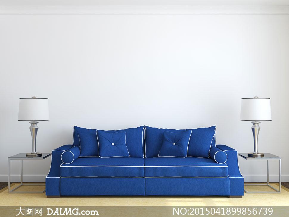 摆设陈列内景沙发枕头抱枕靠枕客厅地毯蓝色白色台灯