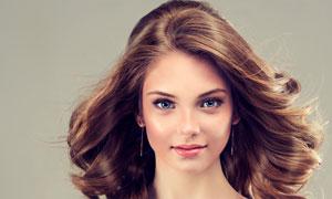 披肩卷发靓丽美女模特摄影高清图片