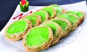 芝麻绿茶饼美食摄影图片