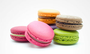 多彩的马卡龙甜点特写摄影高清图片