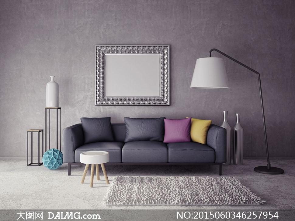客厅沙发与墙上的空白画框高清图片