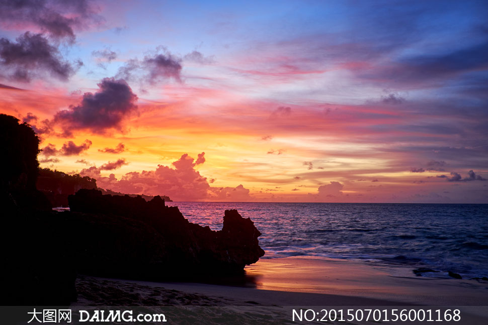 礁石剪影高清图片下载; 关键词: 高清大图图片素材摄影自然风景风光