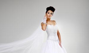 穿洁白婚纱礼服的新娘美女高清图片
