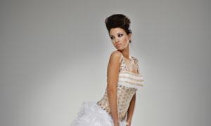 穿婚纱礼服的幸福新娘摄影高清图片