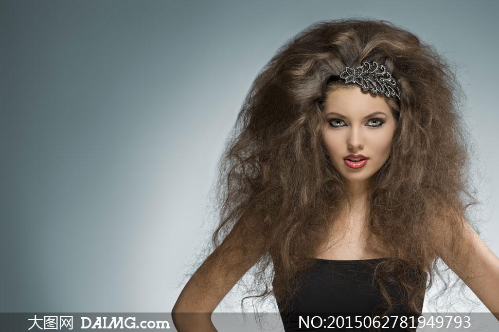 关键词: 高清大图图片素材摄影人物美女女人女性近景特写浓妆妆容美