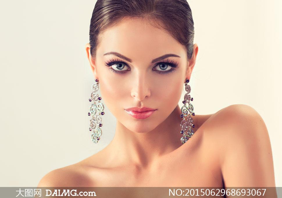 关键词: 高清大图图片素材摄影人物美女女人女性模特近景特写写真