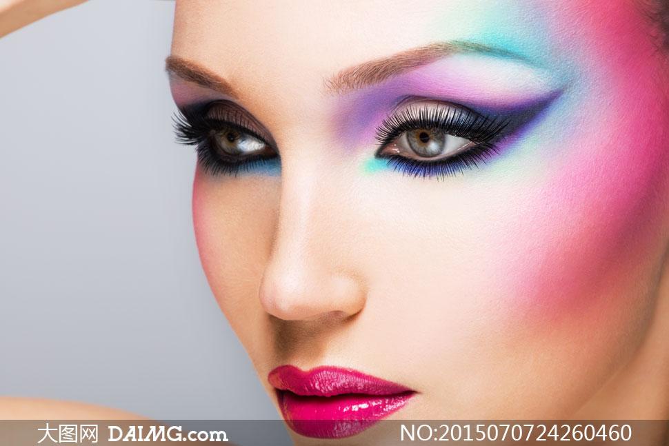 关键词: 高清大图图片素材摄影人物模特美女女人女性近景特写眼妆妆容