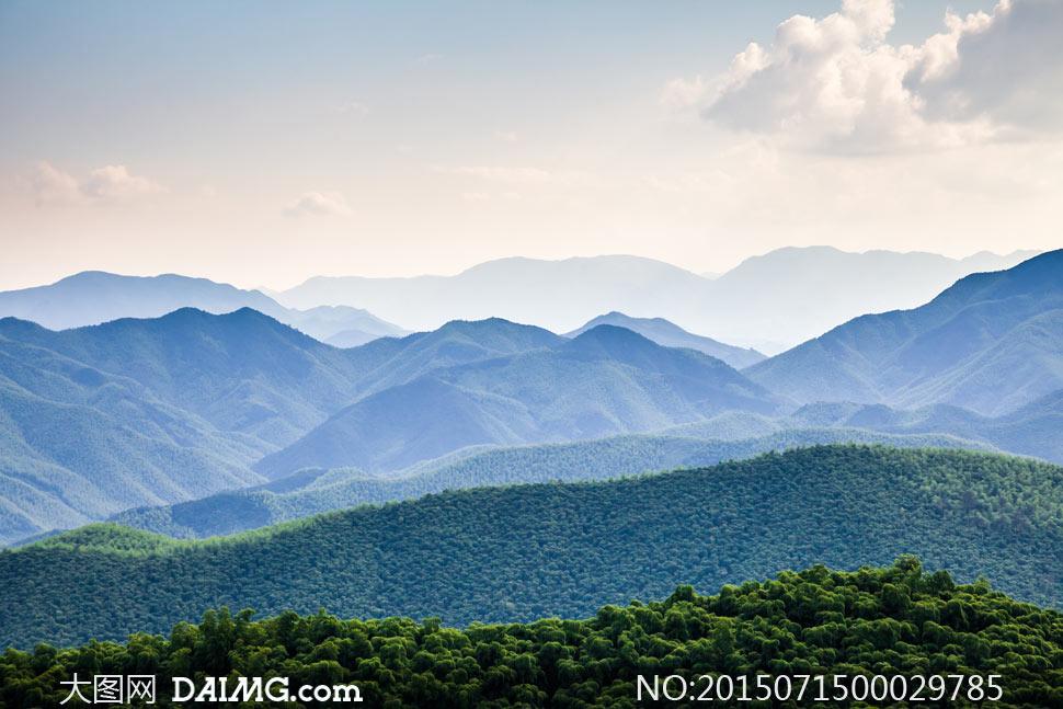 连绵起伏的山林美景摄影图片图片