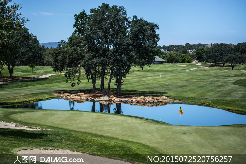 风景宜人的高尔夫球场摄影高清图片