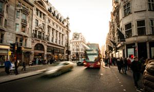城市欧式建筑物与巴士摄影高清图片