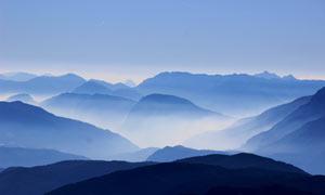 唯美的山顶云海景色摄影图片