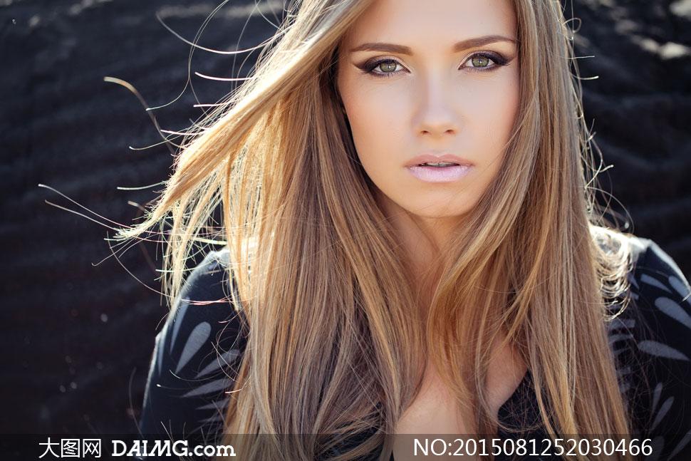 飘逸秀发美女模特近景摄影高清图片