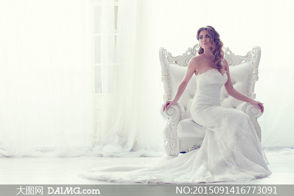 白色婚纱装扮美女写真摄影高清图片