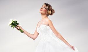 身穿着洁白婚纱的新娘摄影高清图片