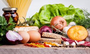 鸡蛋洋葱与蔬菜等食材摄影高清图片