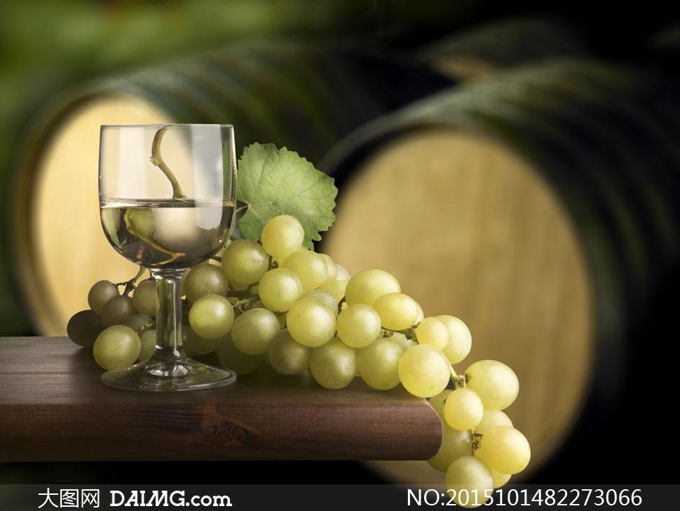 词: 高清大图图片素材摄影生活百科葡萄酒酒杯葡萄白葡萄酒高脚杯橡木