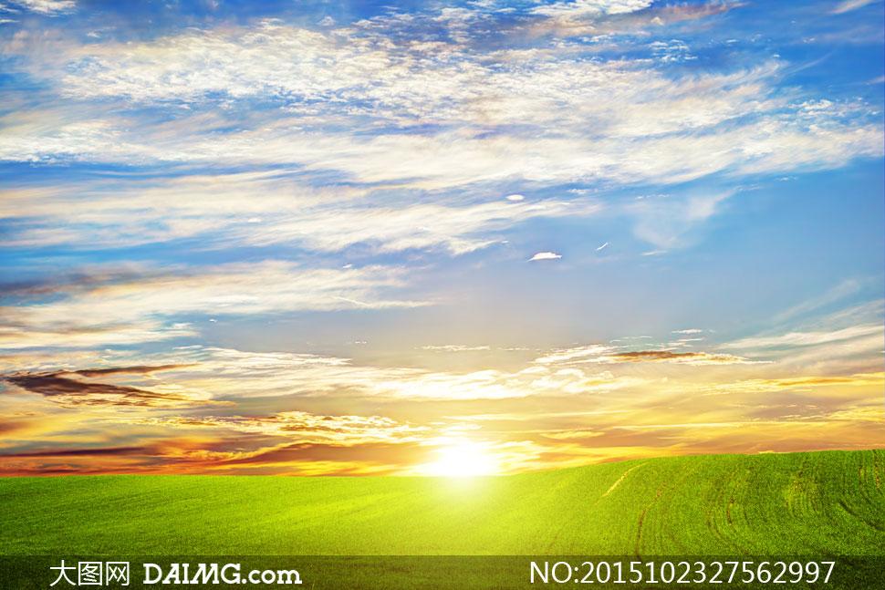 蓝天白云农田自然风光摄影高清图片